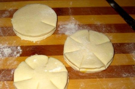 печенье быстро слоеного творожного теста