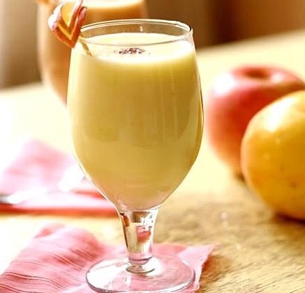 Яблочный самбук - легкий и полезный десерт