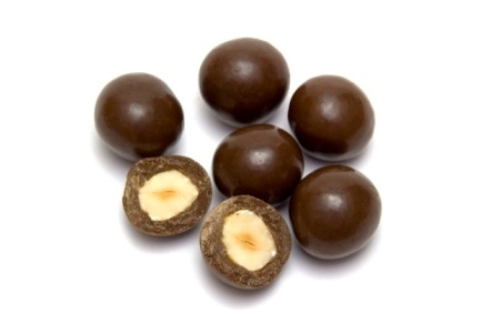 Шоколадные шарики с орехами - вкусные домашние конфеты по простому рецепту