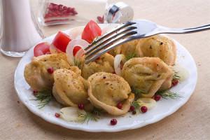 Жареные пельмени по-узбекски