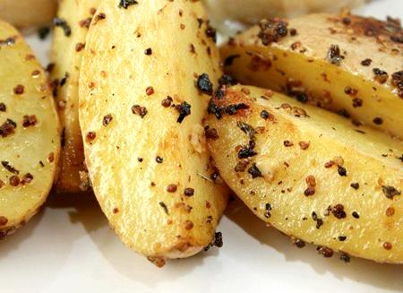 Картофель, запеченный в горчице – потрясающий гарнир