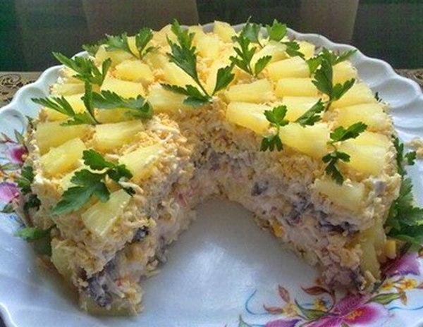 Праздничный салат торт